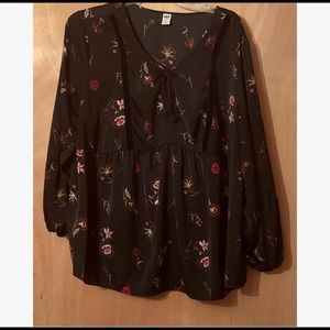 Old Navy Floral Peasant Blouse